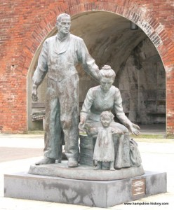 Emigrants Statue Portsmouth